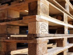 Wooden packaging used between the European Union and Great Britain will be subject to stricter phytosanitary measures after Brexit. Photo: Webandi/Pixbay.com